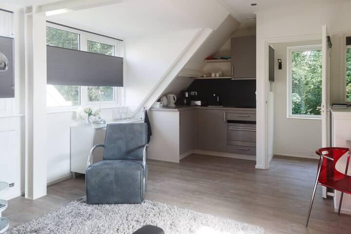 Moderne, comfortabele studio in centrum Bergen