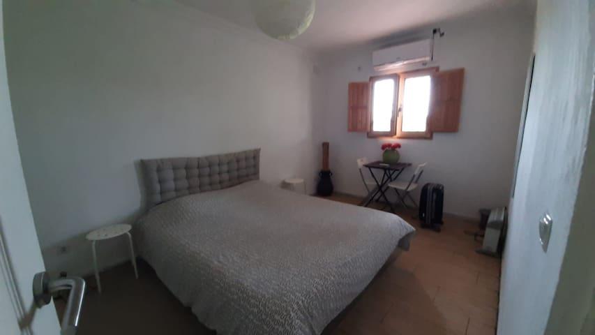Slaapkamer 1 in vakantiehuis Juan