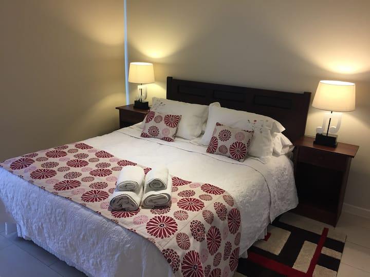Santa Josefa Suites & ApartHotel