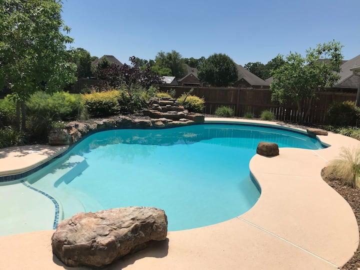 Relaxing pool retreat