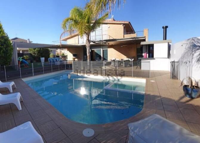 Luxury Villa in South of Spain