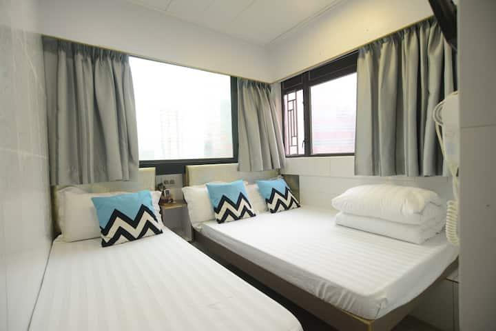 Comfy Triple room- 2 MIN to MTR-Kingland apartment