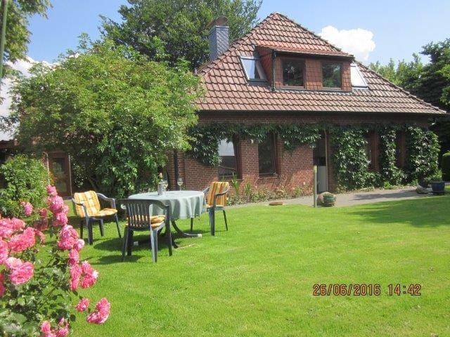 Ländlich, Großzügig, Gemütlich - mit Frühstück - Ritterhude bei Bremen
