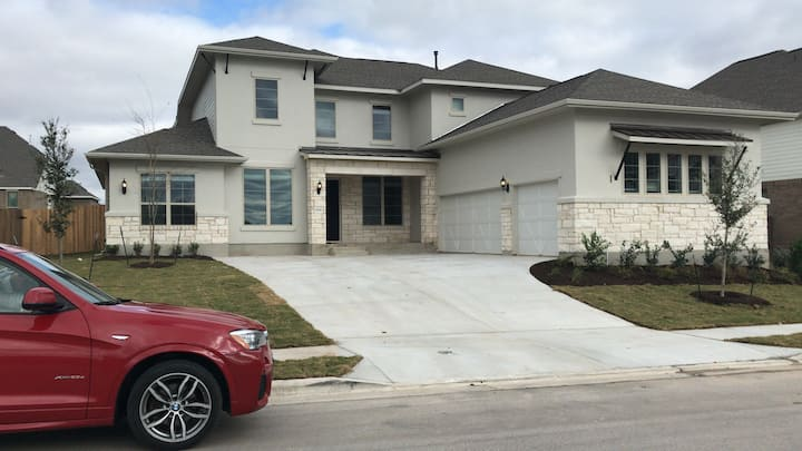 Room for Rent by Pflugerville Lake