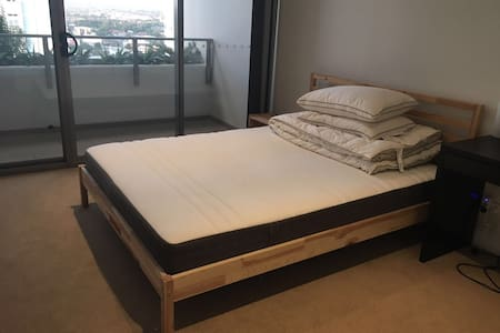 Sydney Burwood Master room 悉尼 Burwood 公寓主卧 - Burwood