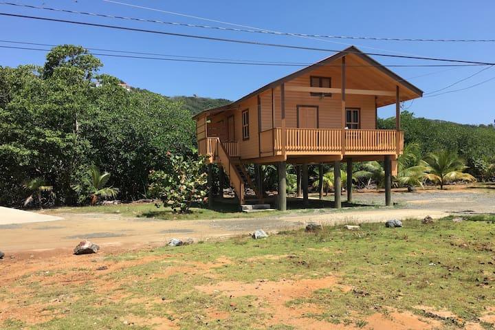 Casa Laguna - Jose Santos Guardiola - In-law
