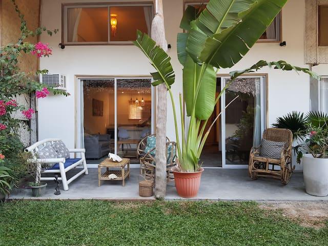 Charming Duplex garden in El Nido center