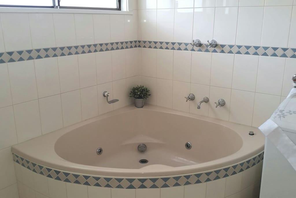 Super size bath
