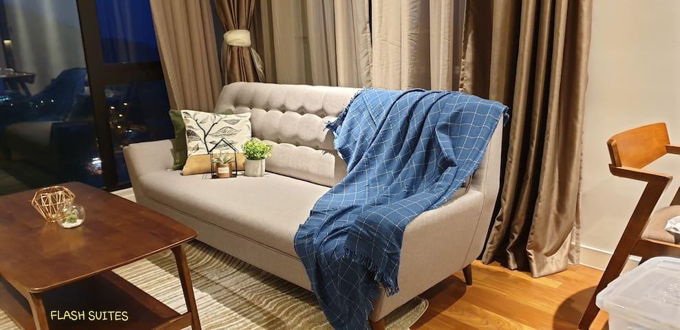*PROMO* Cozy Relax getaway(旷阔半山小居)@Geo38 residence