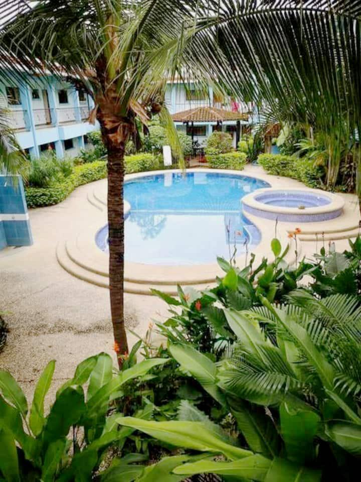 Apart condominio Marina Loft con piscina