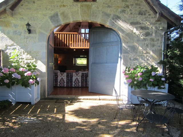 Peaceful, rural location in south west France - Naussac - Feriehjem