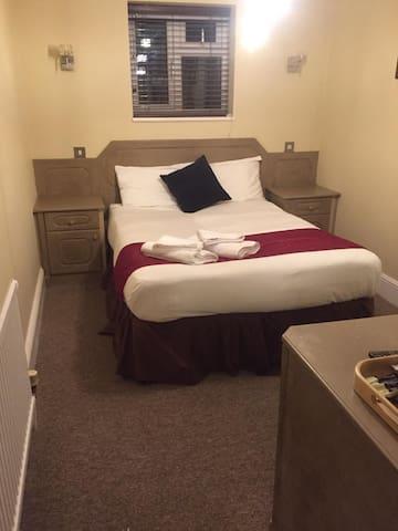 Gulliver's hotel R8