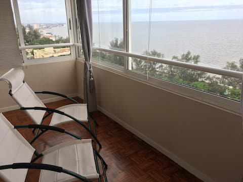Central apartment with bay view