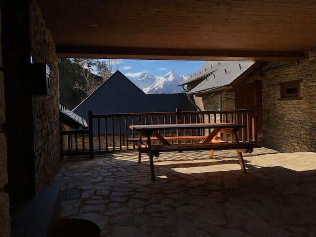 Un balcón al pirineo, calma y naturaleza. - Vilamòs - House