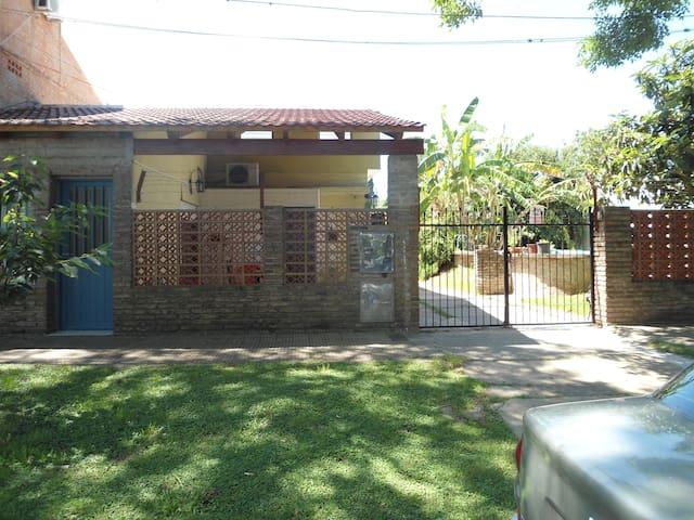 A 10 km de Rosario casa de huespedes