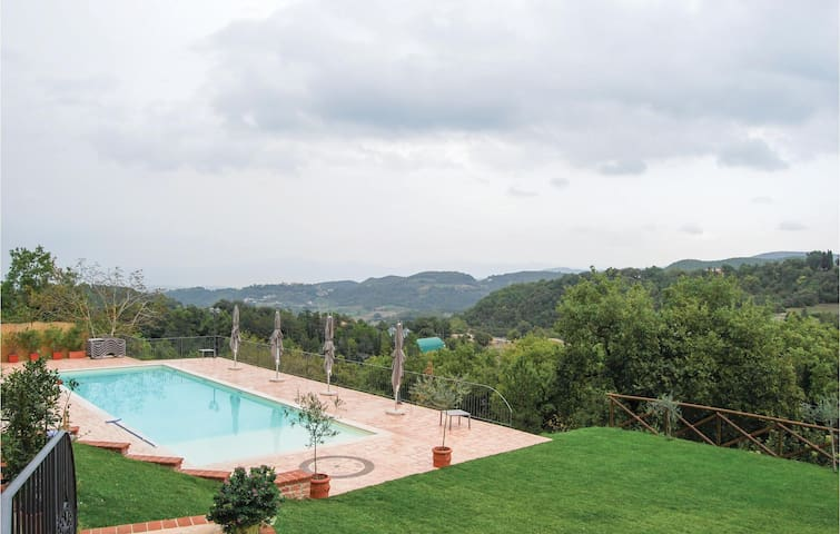 Holiday apartment with 1 bedroom on 70m² in Località Macerino -TR-