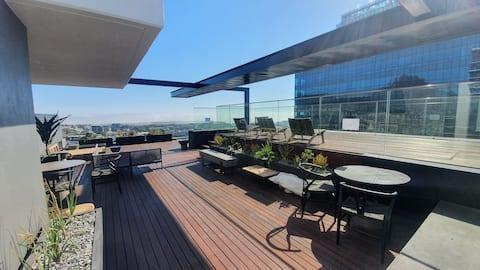 Luxury Sky Retreat