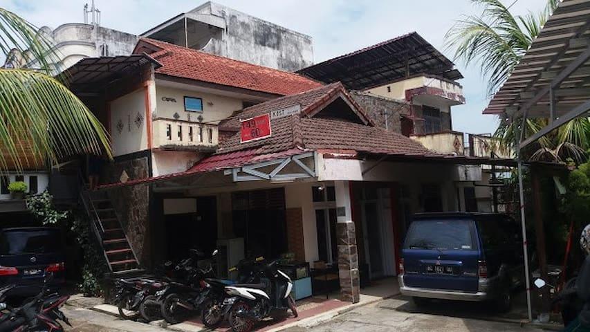 Kost 149 Palembang - Ilir Barat I - Hus