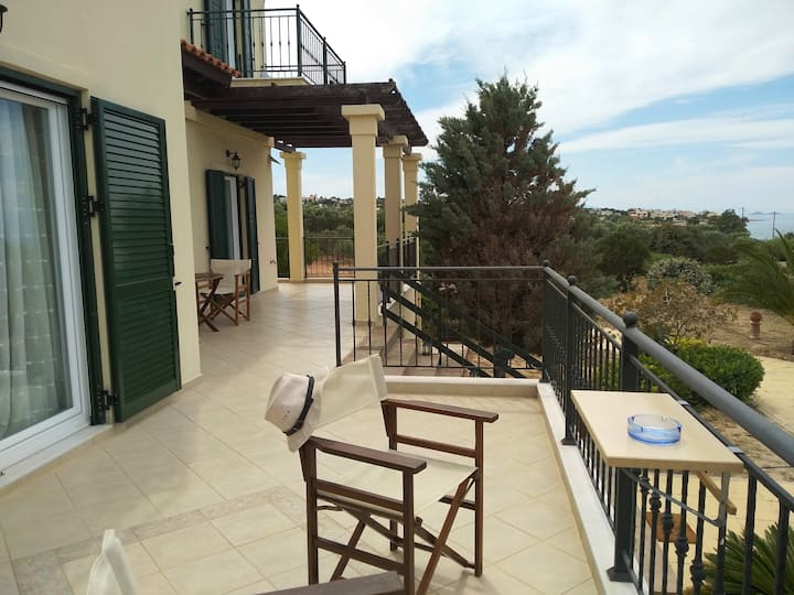 *Marfaia* - Villa by the sea,  ( Aegina , Agii )