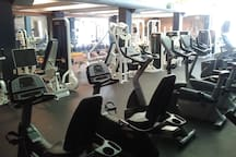 Caz College Gym - 1 Block away from Suite