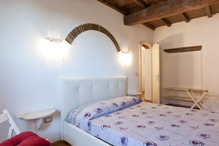 Castle Holiday Home in Tuscany - Casa