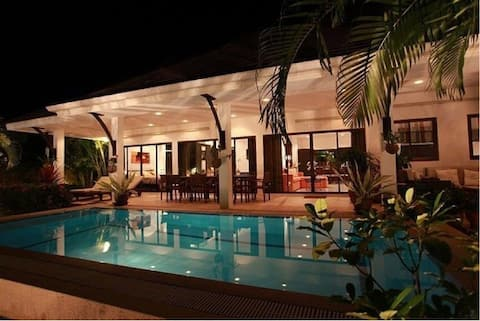 Nice house & private pool in a safe community