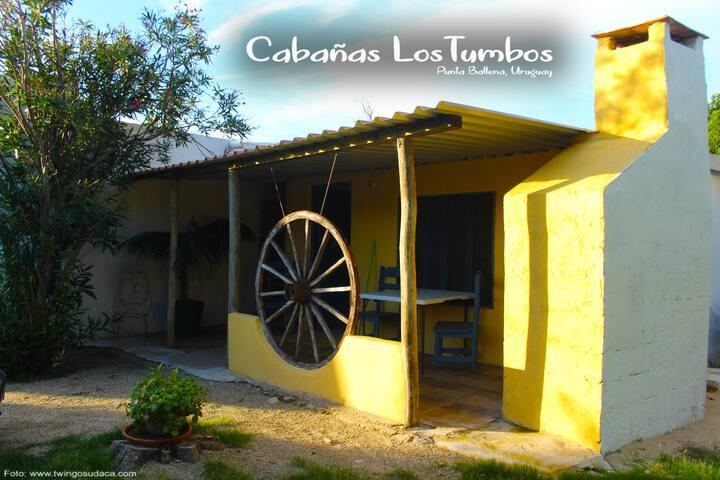 CABAÑAS LOS TUMBOS - CASITA