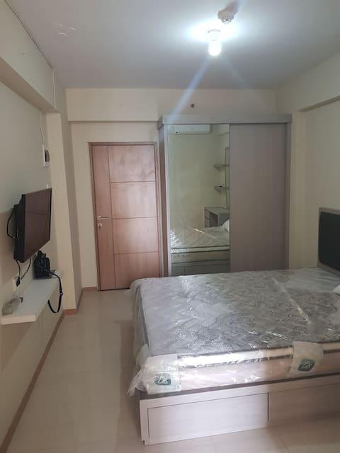 Full furnish apartment near green lake city