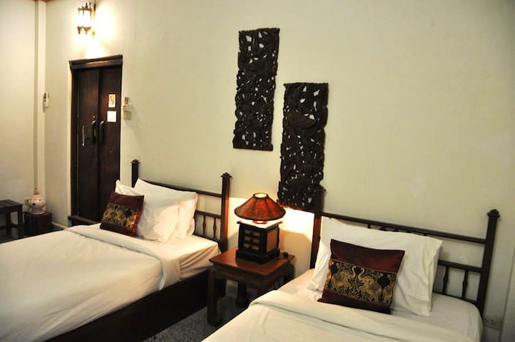 Great Twin Room in Sukhothai - Tambon Ban Suan - Leilighet