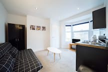 Luxury private flat close to Cowley Road Oxford