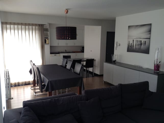 modern apartment near westcoast & plopsaland - Veurne - Apartmen