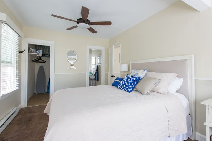 Bedroom has a ceiling fan, wall heater and a wind curve fan for whatever suits your needs during all seasons.