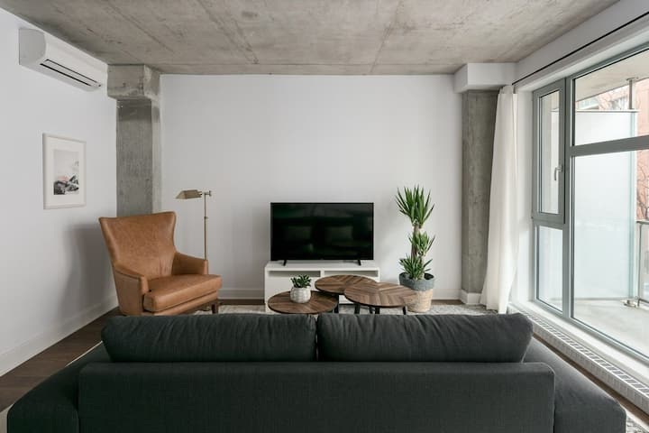 Artsy 1BR - Downtown Montreal
