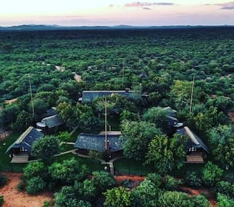 Command Game Lodge - Mopane, Limpopo