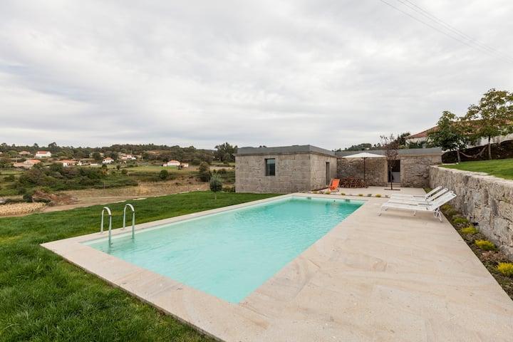 Casa c/piscina, lugar tranquilo