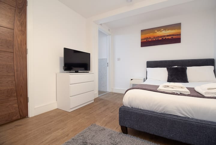 SAV Apartments - City Centre Studio Regent Road