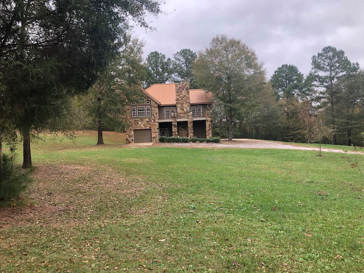 Spacious Home with Gated Boat/RV Parking on Farm
