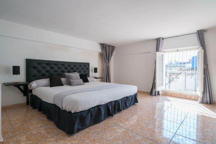 Havana House 410