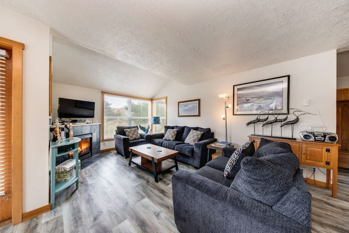 Dog-friendly home steps from the beach w/ gas grill & Ping-Pong!