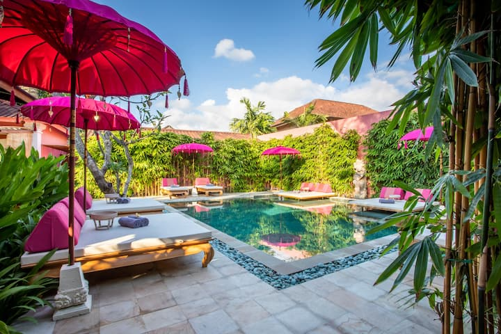 PinkPrivate Sanur - Adults Only (Room 2)