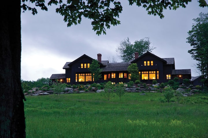 Luxury vacation villa on a private resort in Stowe