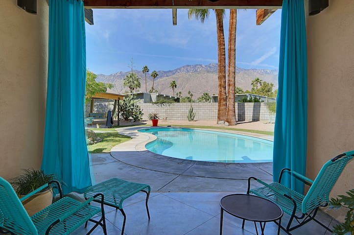 Sunmor Modern Loft (City of Palm Springs ID #8006)
