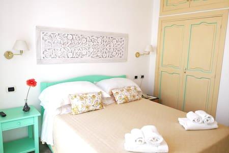 Economy Room in the heart of Stromboli