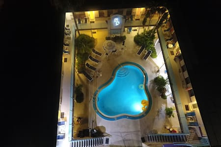 Royal North Beach - Two Bed Room Luxury Condo - Clearwater