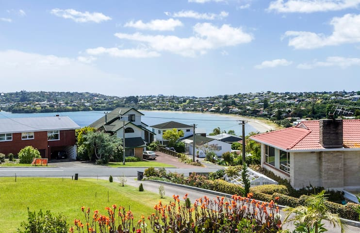 Manly Beach, self contained entire house - Whangaparaoa - Haus