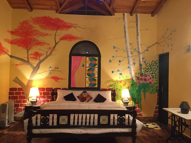 Seclude Arthouse - 2 Bedroom Cottage in Ramgarh