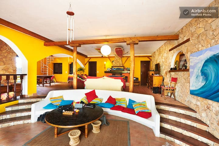 Ribeira Surf Villa 2