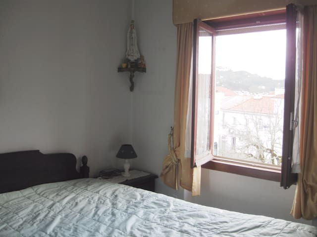 Great double Room - 10km from Fátima's Sanctuary! - Ourém