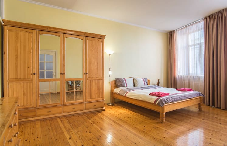 Riga Old City 4 Bedroom Apartment Flats For Rent In Riga R Gas Pils Ta Latvia