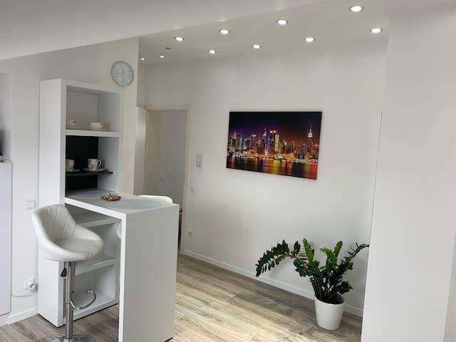 Prime Host Deluxe Apartment